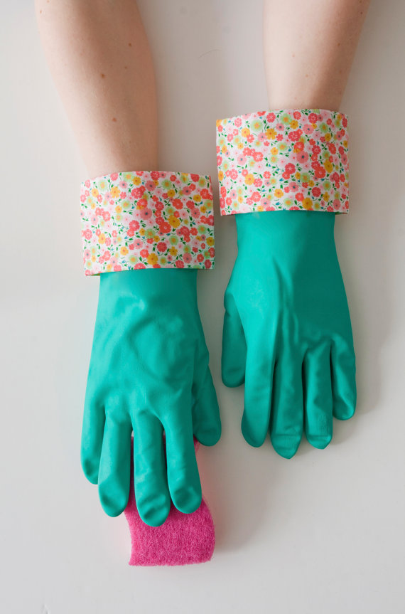 green_floral_dish_gloves