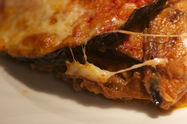 detailed-image-of-homemade-eggplant-parmesan