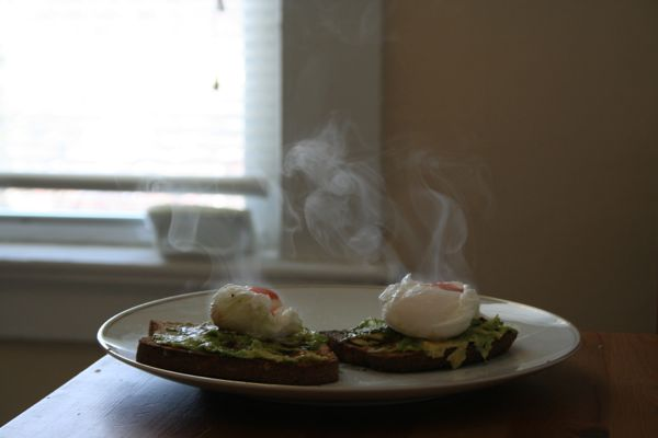 poached-eggs-with-toast-avocado-hot-sauce
