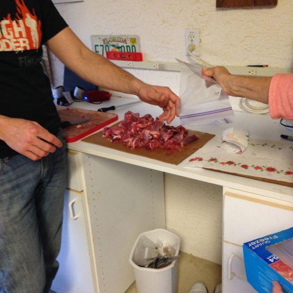 wild-hog-butchering-7